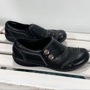 Clarks Ashland Alpine Black Leather SlipOn Comfort